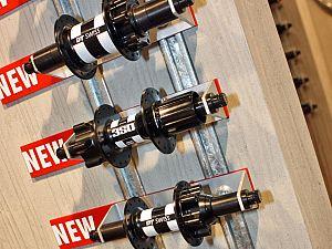 DT Swiss 2011 — 530 series hubs
