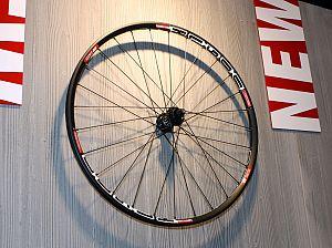 DT Swiss 2011 — X1600 wheel